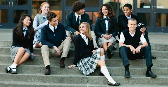 Нові правила шкільної форми дозволять хлопчикам одягати спіднички